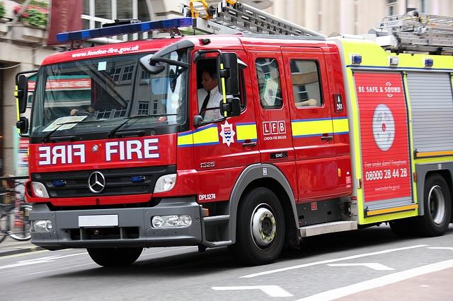 fire-engine-5616x3744_12888